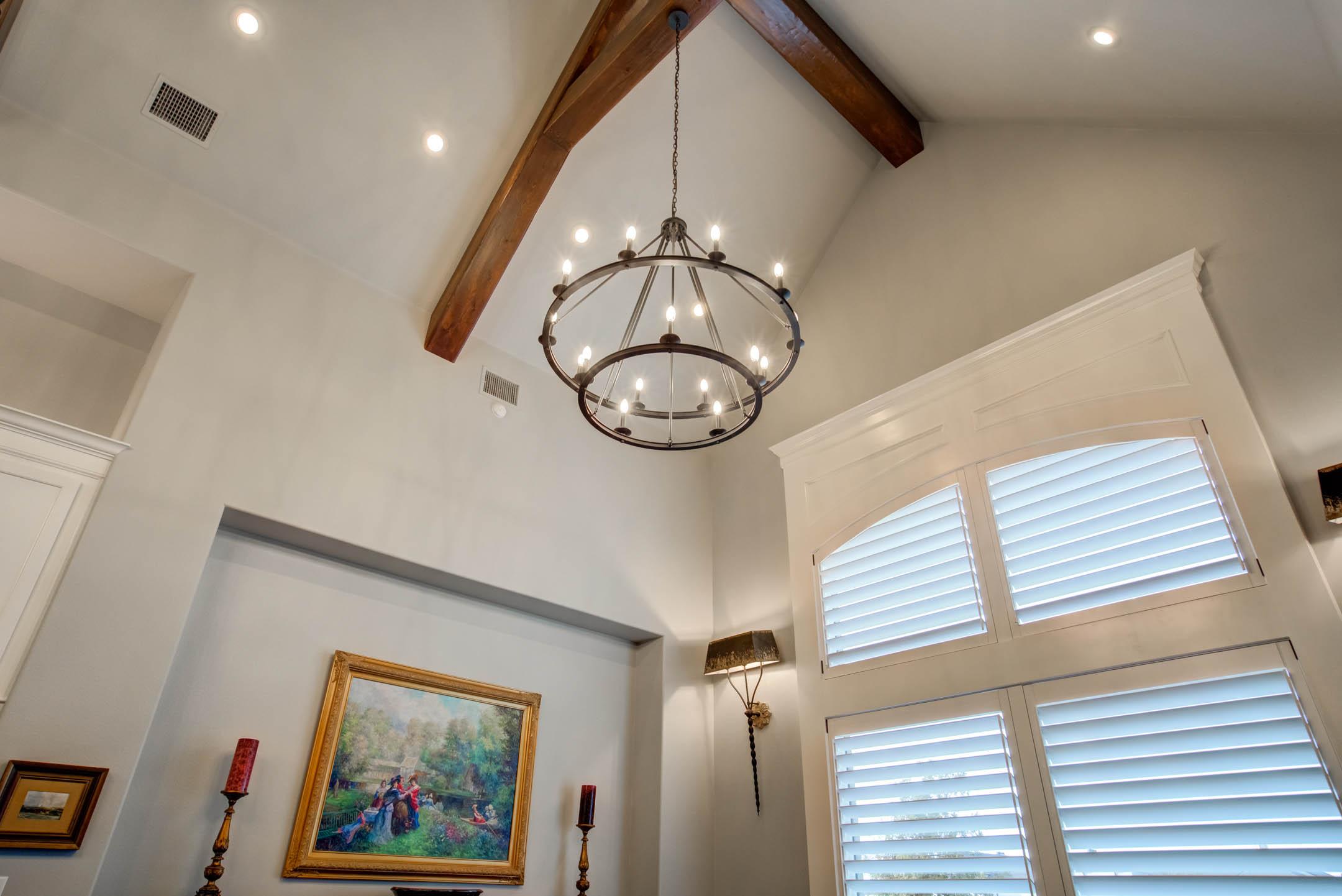Vaulted ceiling in dining room of custom home in Lubbock, Texas.