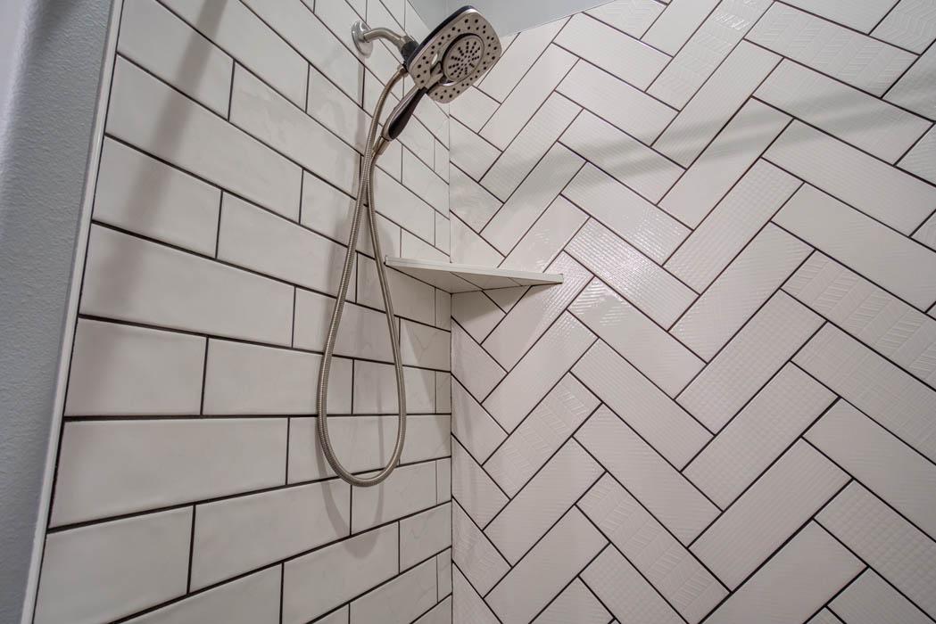 Tile detail of beautiful bath in custom home in Lubbock.