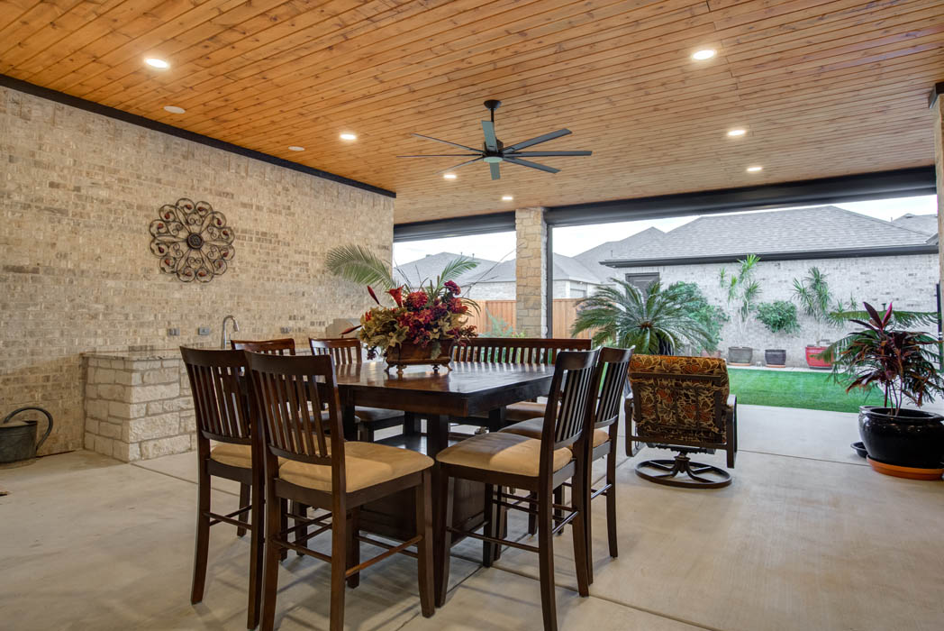 Beautiful outdoor living area with plenty of room to entertain.