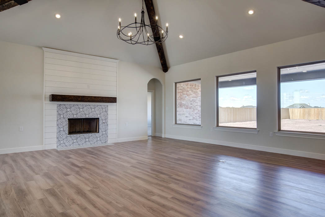 Great living room with large windows in new home for sale in the Palms at Kitty Hawk, near Lubbock, Texas.