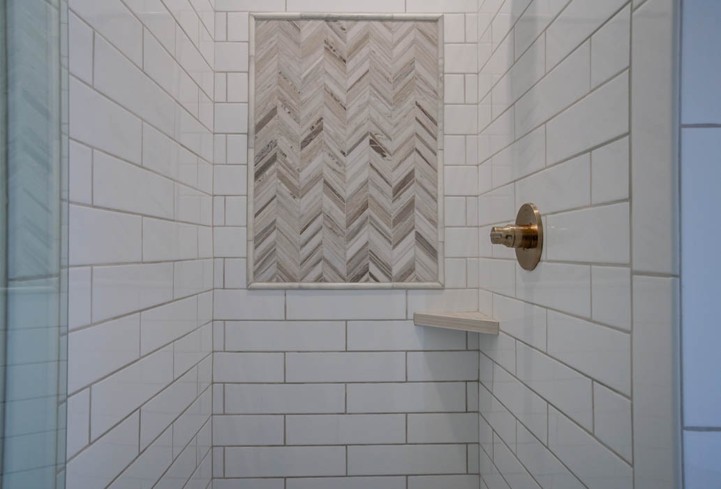 Beautiful bathroom with custom tile work in new home for sell in the Lubbock, Texas area.