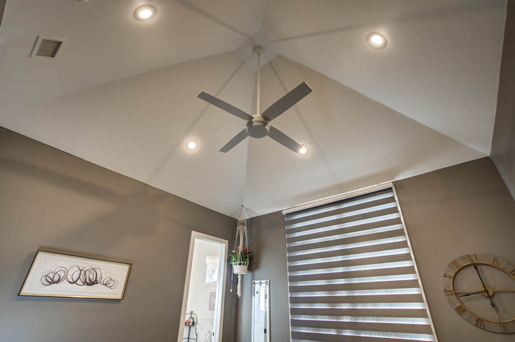 Vaulted ceiling in bedrom of custom home close to Lubbock, Texas.