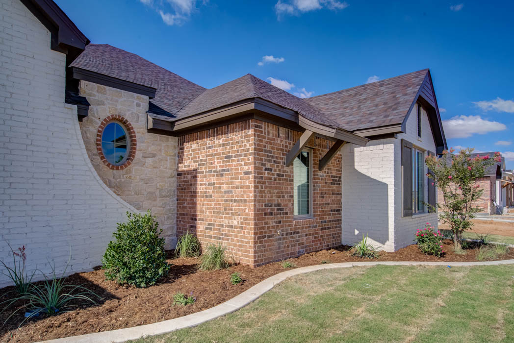 Side view of beautiful home by Sharkey Custom Homes in Lubbock, Texas.