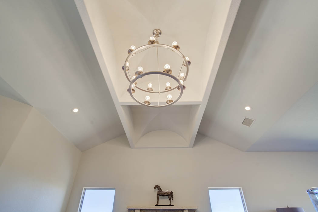 Ceiling in Lubbock custom home.