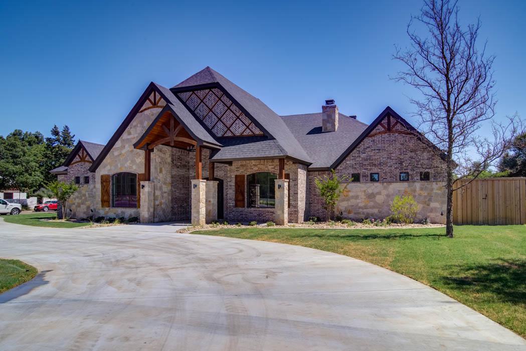 Beautiful Custom Home in Lubbock, Texas