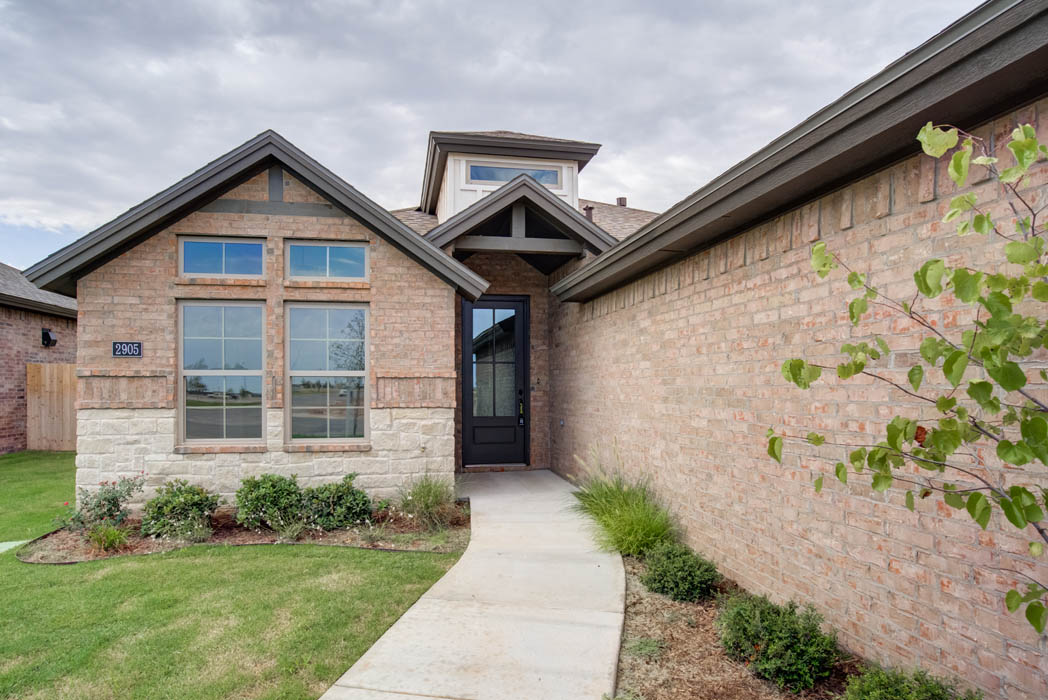 Exterior of beautiful new home for sale in Lubbock, Texas.