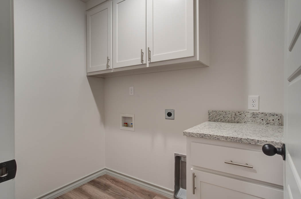 Laundry-mud room area in new home for sale in Lubbock.