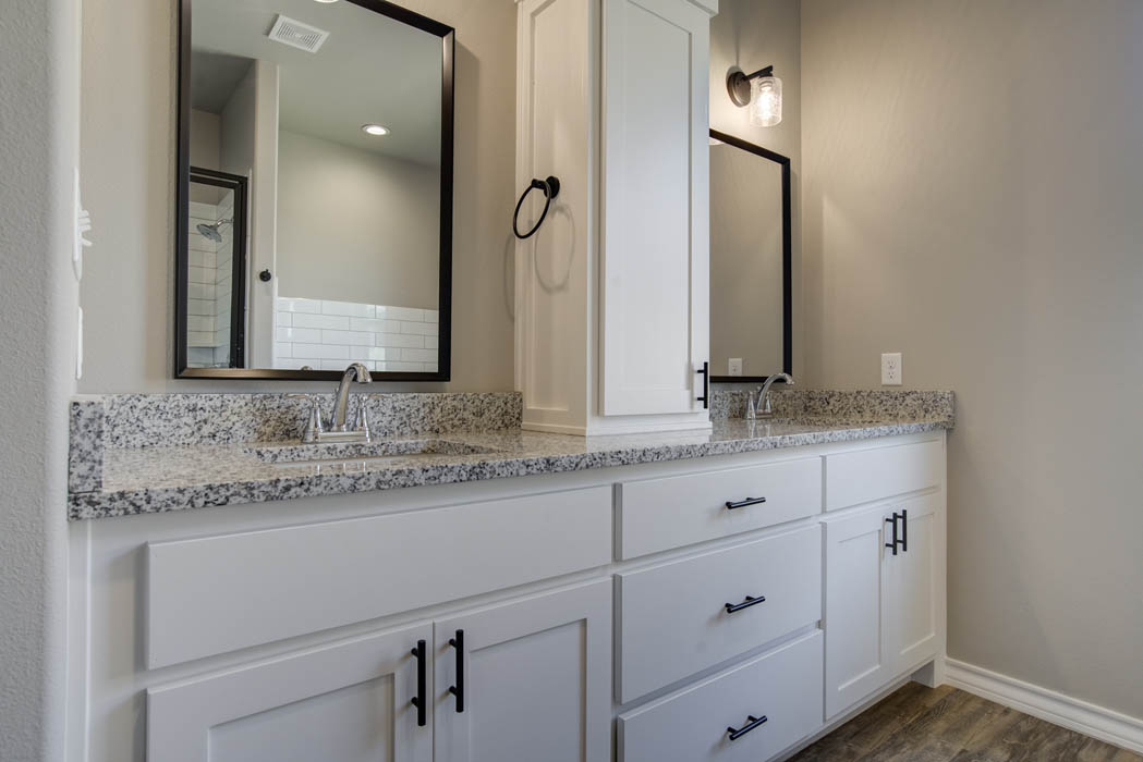 Vanity in bath of new home for sale in the Lubbock, Texas area.