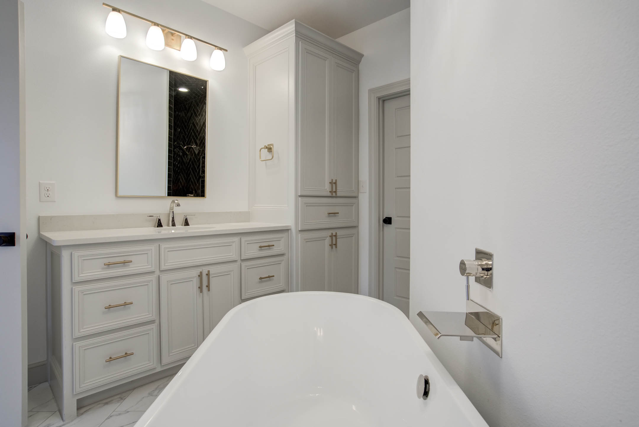 Master bath in new home for sale near Lubbock, Texas.