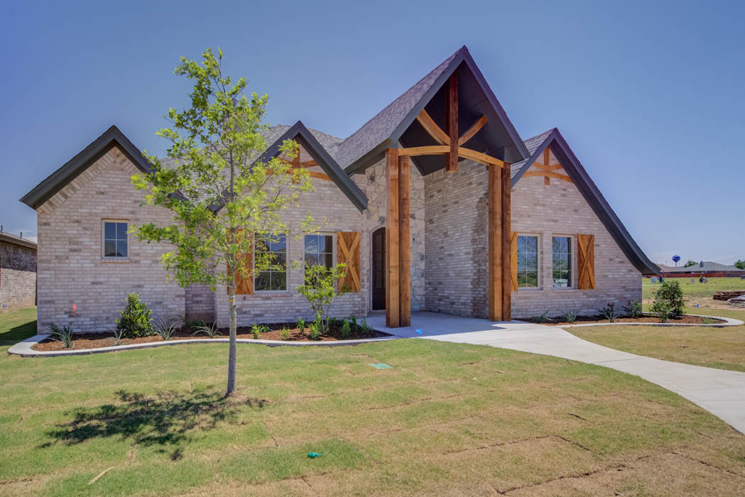 Lovely new West Texas home in the Lubbock area.