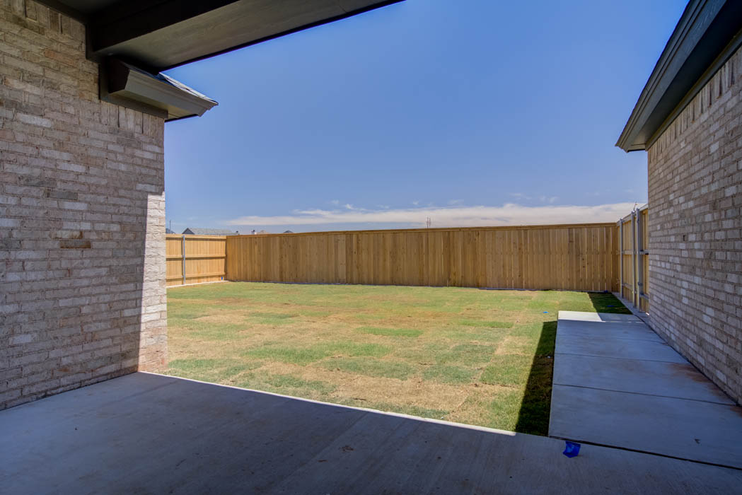 Spacious yard area in new Lubbock home.