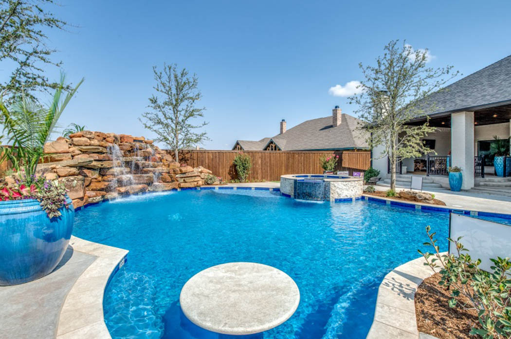 Amazing pool of home built by Custom Sharkey Homes in Lubbock, Texas.