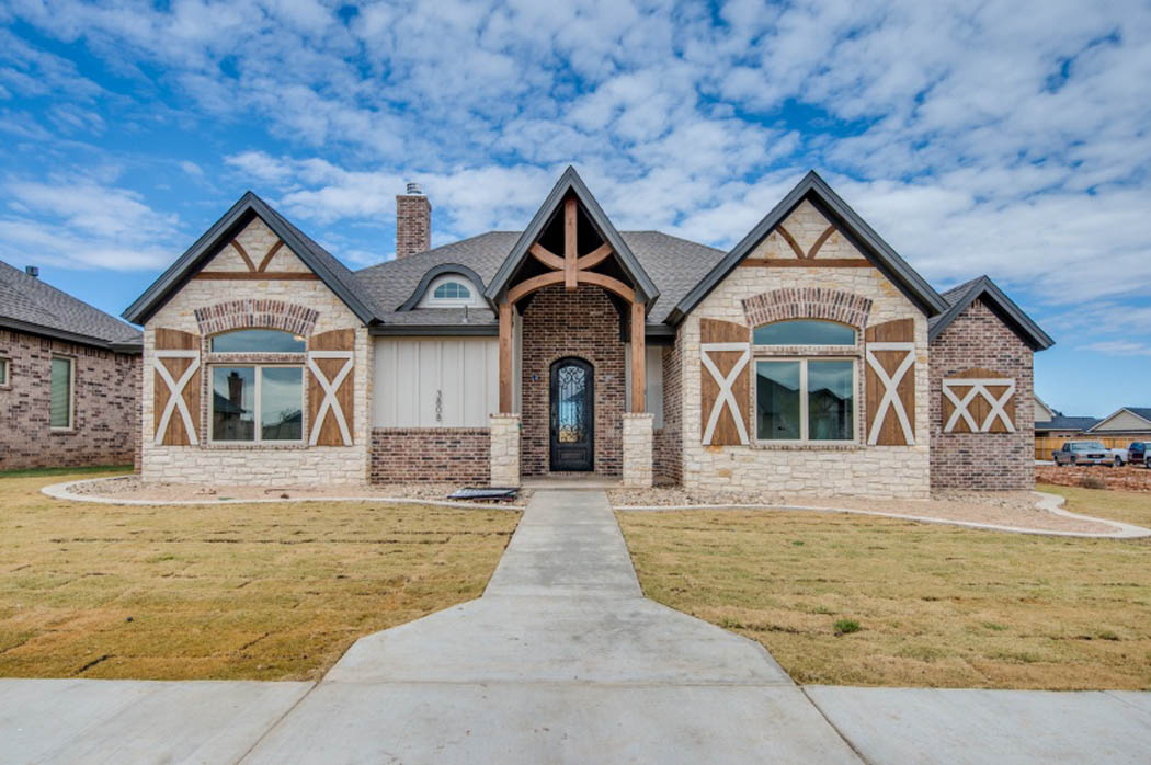 Amazing custom house by Sharkey Custom Homes in Lubbock, Texas.