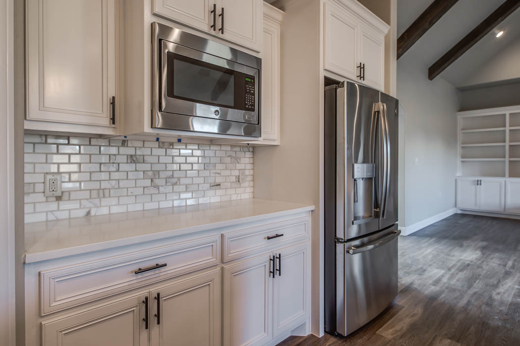 Detail of custom kitchen in Lubbbock area home.