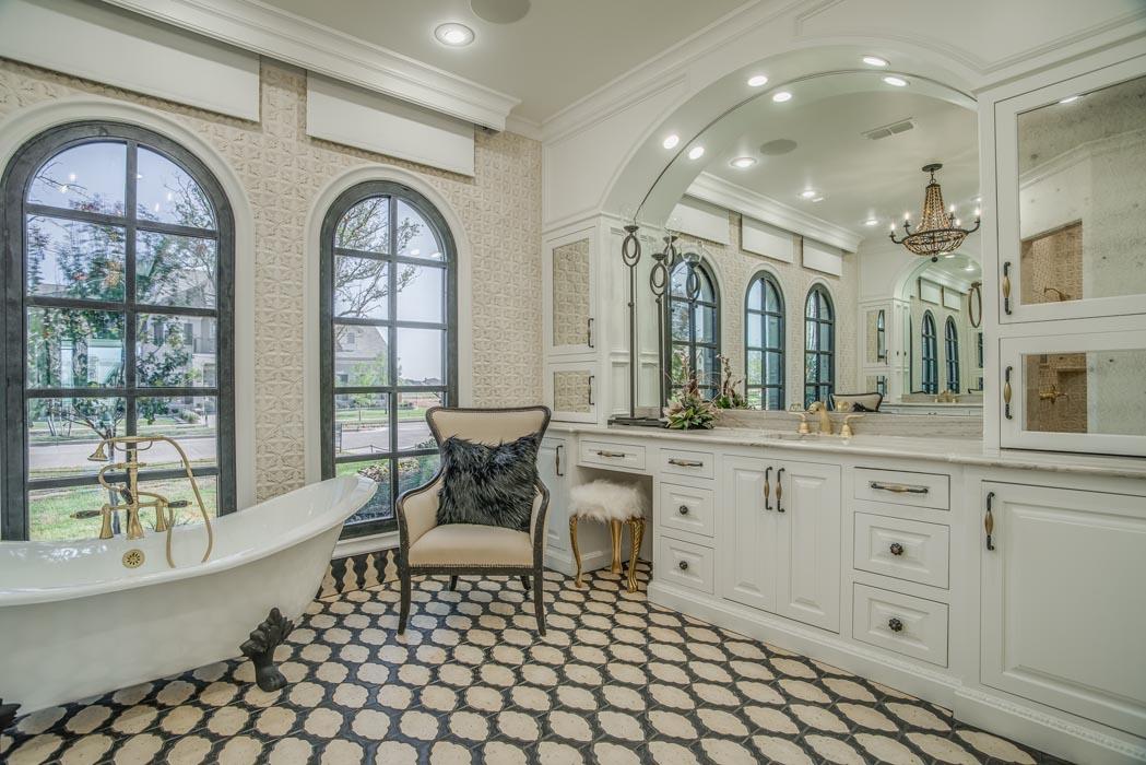 Master bath in custom home.