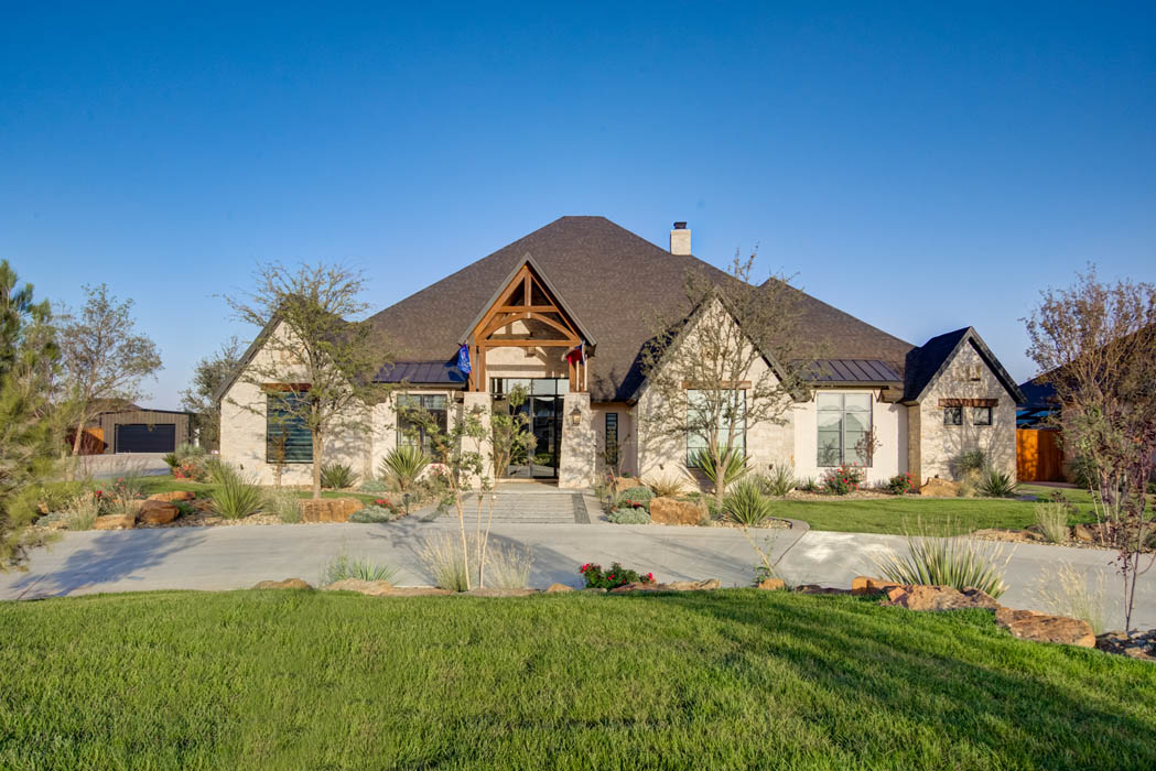 Exterior of beautiful custom home in Lubbock, Texas, built by Sharkey Custom Homes.