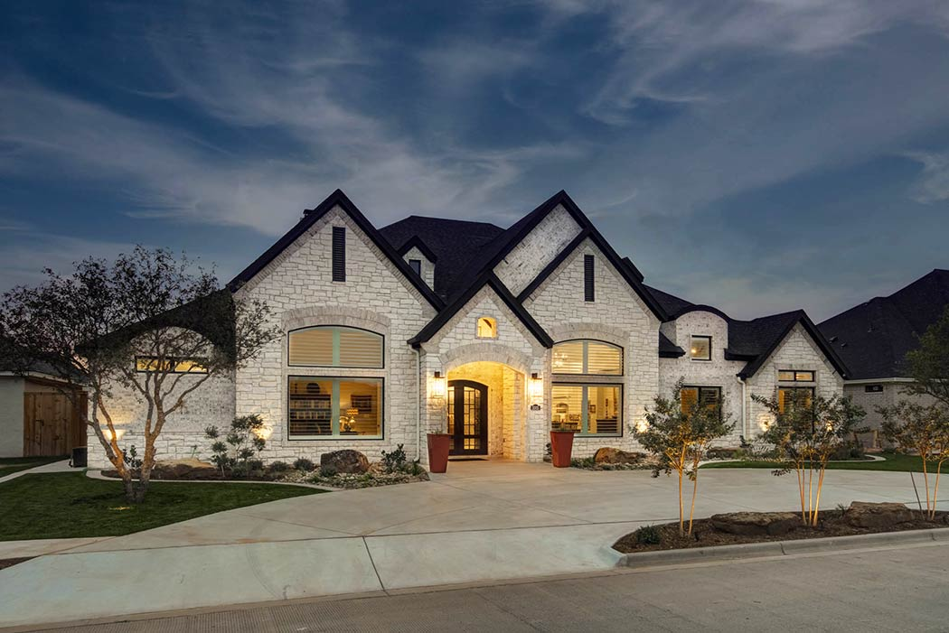 Exterior of beautiful custom home built in Lubbock, Texas.