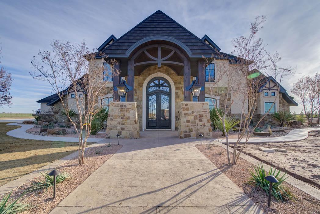 Amazing exterior of West Texas home by Sharkey Custom Homes.