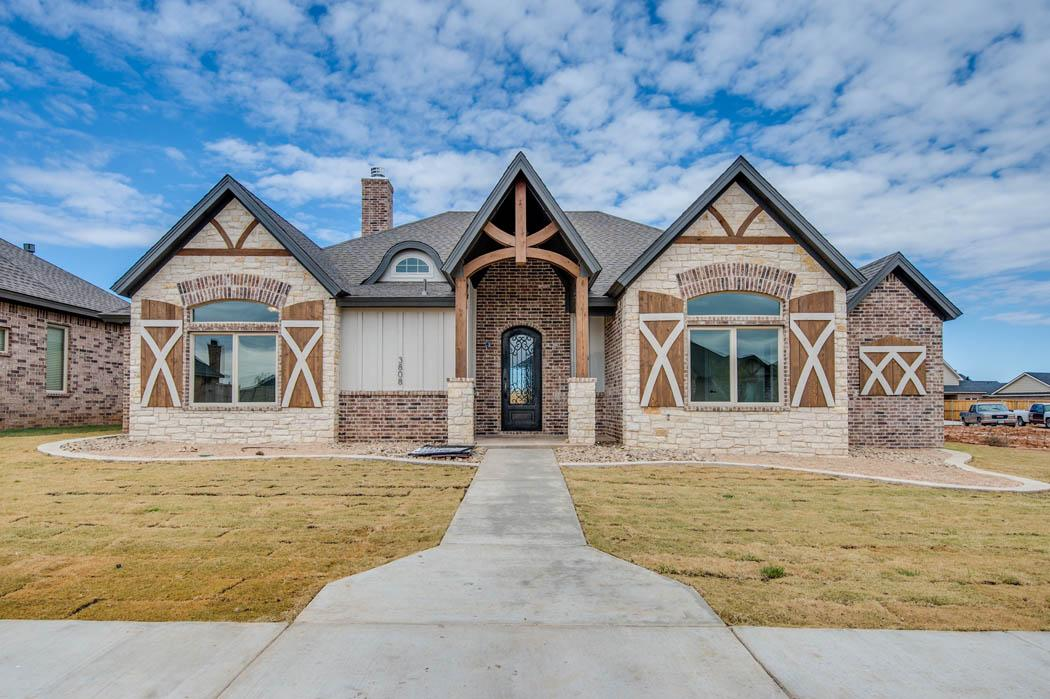 Amazing exterior of West Texas home by Sharkey Custom Homes.