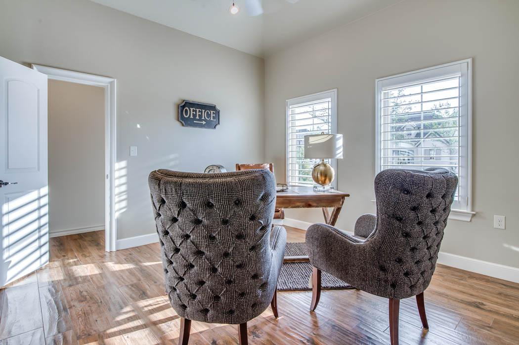 Spacious office or other functional space in home in Lubbock, Texas.