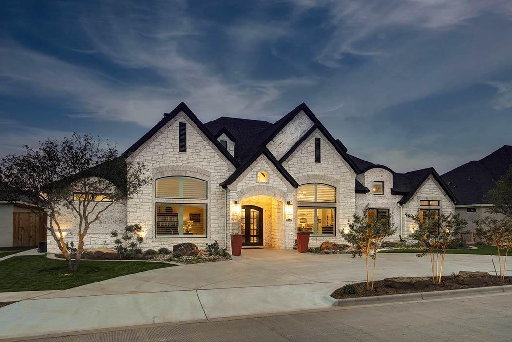 Exterior of beautiful custom home built in Lubbock, Texas.