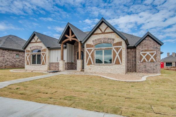 Beautiful exterior of Lubbock, Texas area home.