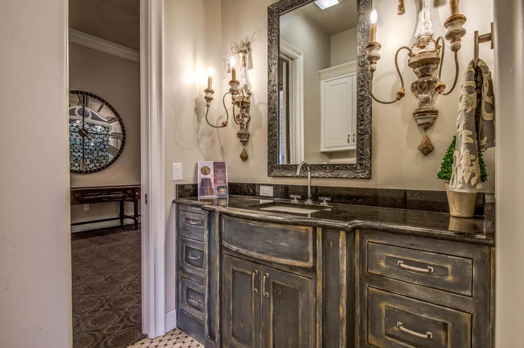 Bathroom 75